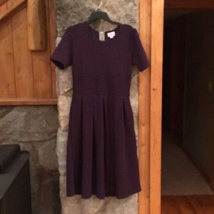 LulaRoe Plum zip up pleated short sleeve dress